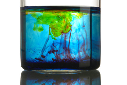 mixed color in a beaker
